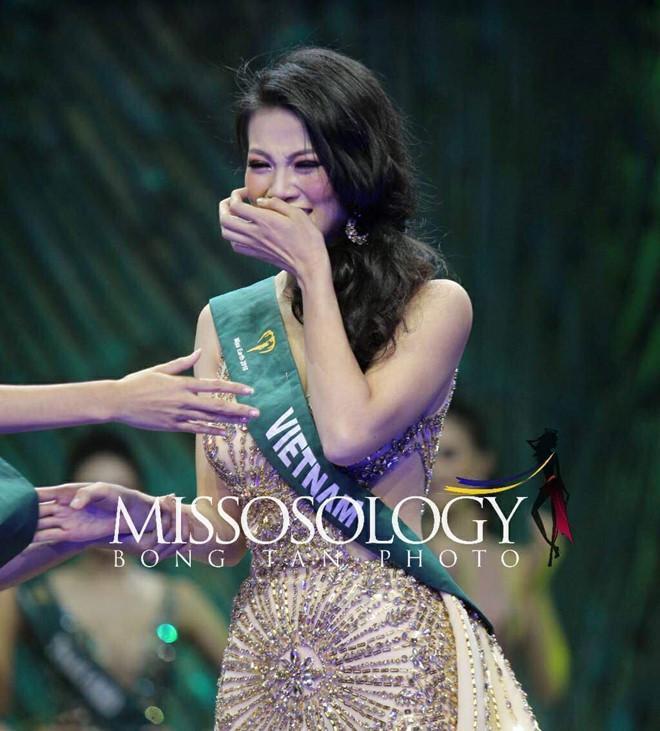Trùm chân dài kể mất 10 tỷ mua giải Miss Earth cho Phương Khánh, mẹ hoa hậu nhận định: Quá rẻ-1