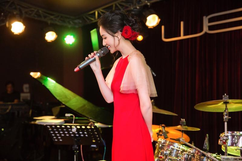 Hà Thu lần đầu kể lại quãng thời gian khủng hoảng, e ngại khi theo nghiệp ca hát-7