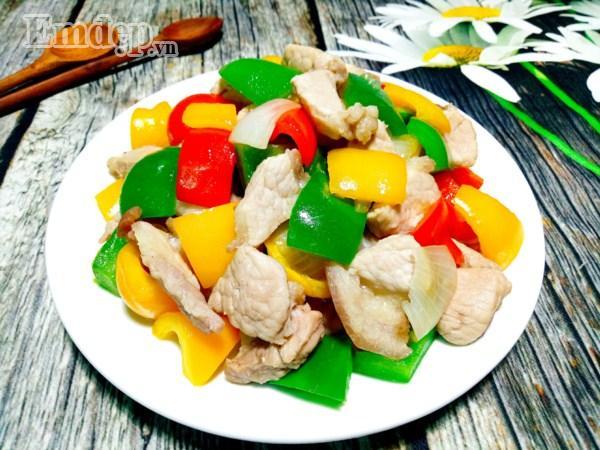 Biến tấu ớt chuông xào thịt nạc giòn thơm, ăn với cơm hay bún đều tuyệt-8