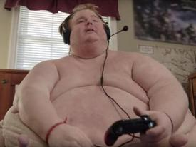 Cả ngày chỉ 'cày game' và ăn, chàng trai nặng 317 kg định 'sẽ ăn đến chết'