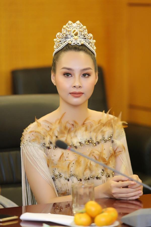 Đời tư sóng gió của Top 3 Hoa hậu Biển Việt Nam 2016: Người ở ẩn sinh con, kẻ lao đao nợ nần-3