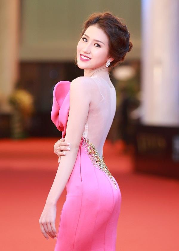 Đời tư sóng gió của Top 3 Hoa hậu Biển Việt Nam 2016: Người ở ẩn sinh con, kẻ lao đao nợ nần-8