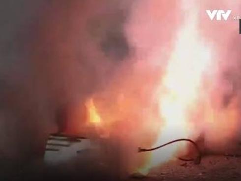 Hành khách hoảng loạn vì sạc dự phòng phát nổ trên máy bay-2