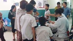Nhiều học sinh nhập viện cấp cứu sau khi uống trà sữa ở Sài Gòn