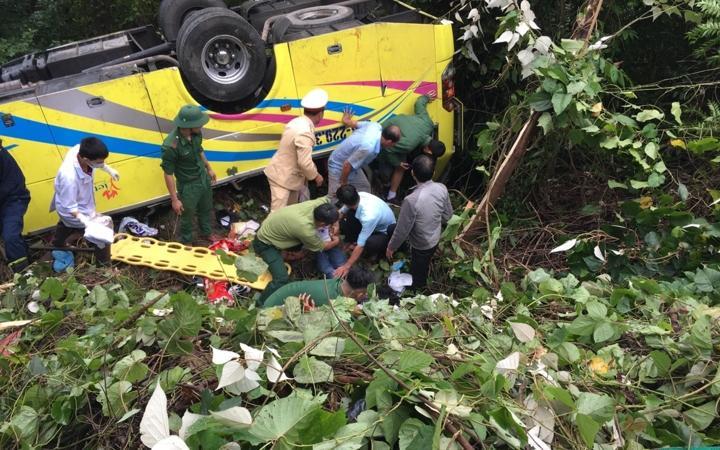 KINH HOÀNG loạt tai nạn thảm khốc xảy ra vào ngày Tam Nương: Từ nổ tàu ngầm hạt nhân, cháy chung cư Carina cho đến xe khách lao đèo Hải Vân-8