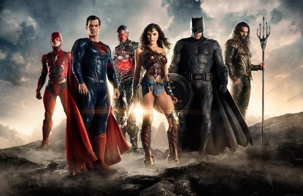 Sau thành công của Aquaman, DC nên làm gì với Justice League 2?-4