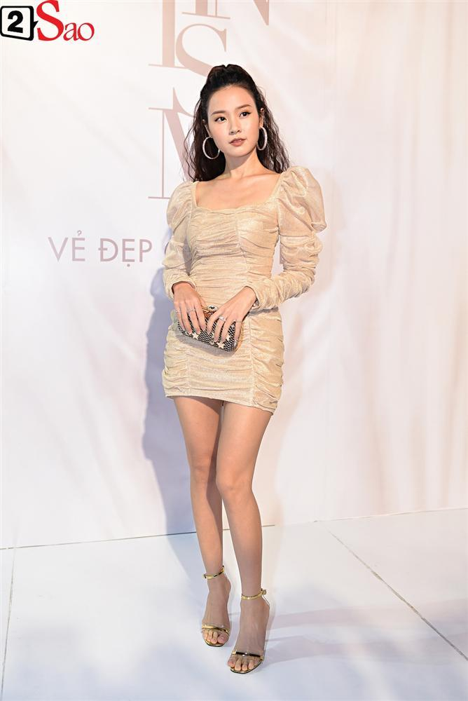 Bất chấp làn sóng tẩy chay, Hòa Minzy diện váy lồng lộn chặt chém dàn hoa hậu-18