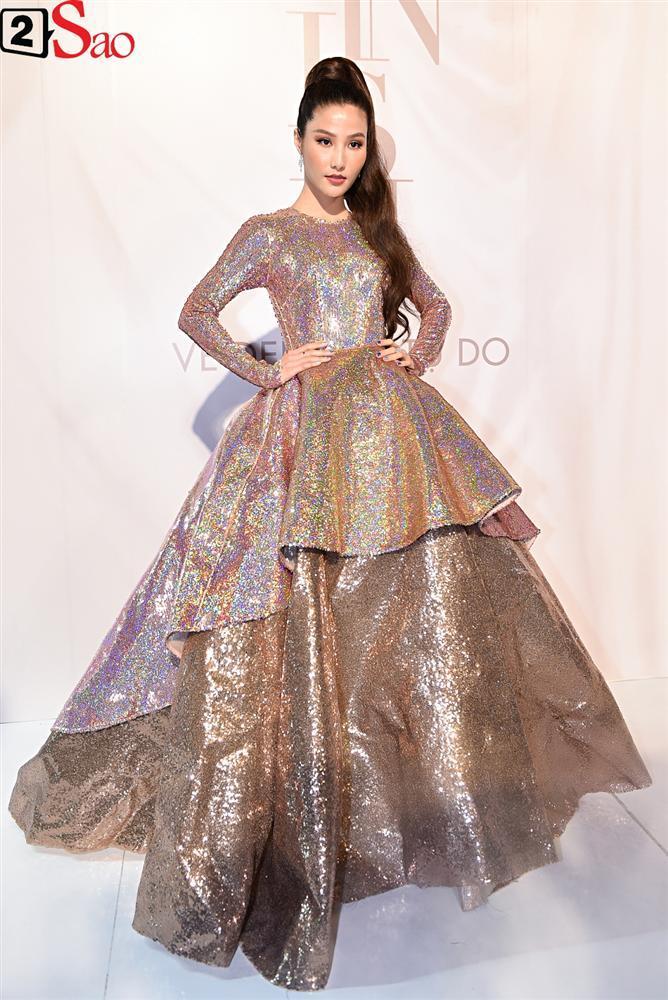 Bất chấp làn sóng tẩy chay, Hòa Minzy diện váy lồng lộn chặt chém dàn hoa hậu-21