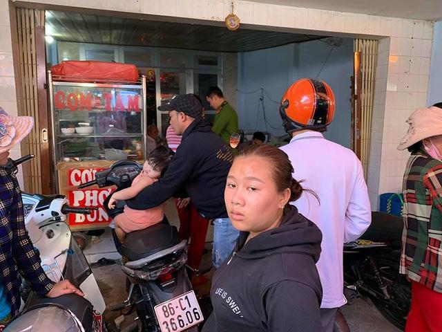Bình Thuận: 6 thanh niên chặt tay con nợ giữa chợ ở Phan Thiết-2