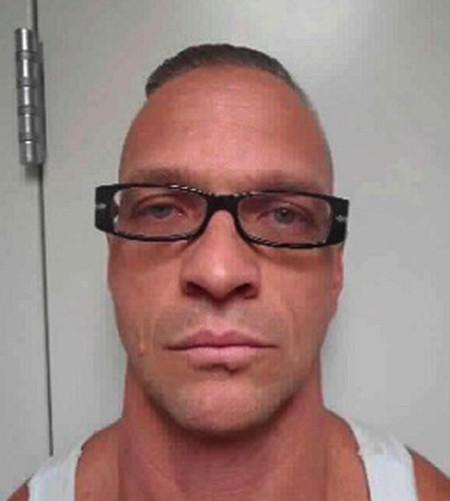 Không chịu nổi hành hình trì hoãn đến 2 lần, tử tù treo cổ tự tử cho xong-2
