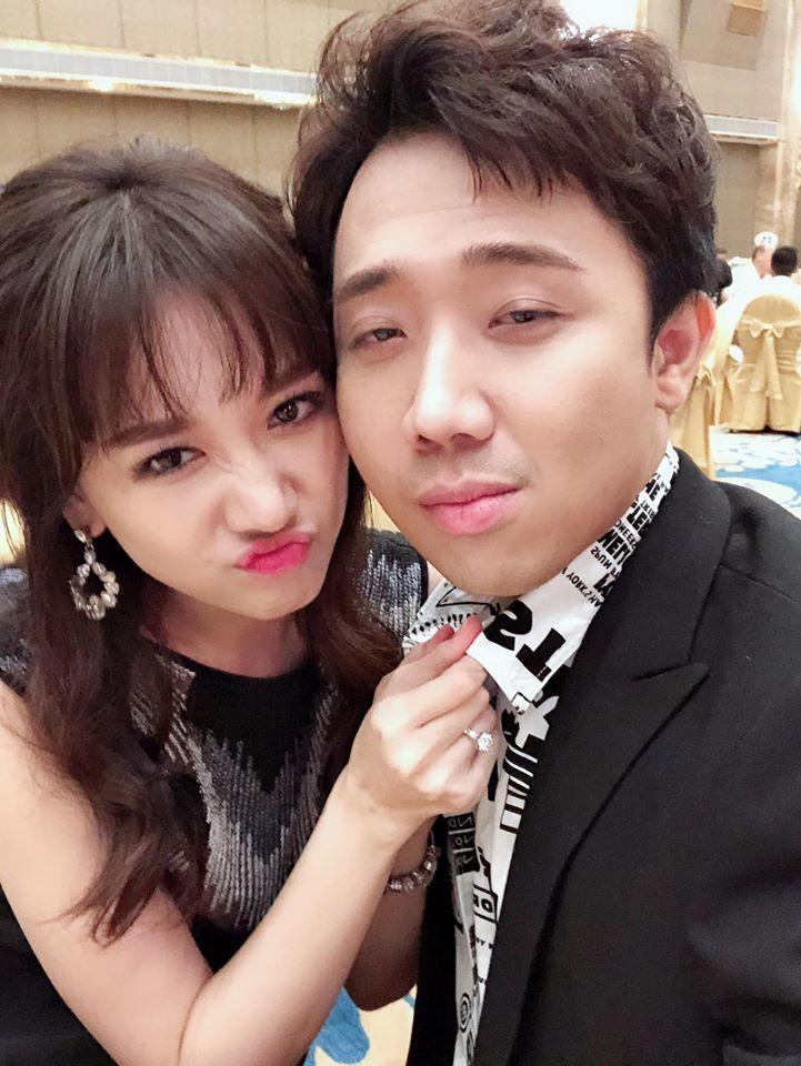 Bị Trấn Thành chửi liên thanh vì nói sai tiếng Việt, Hari Won ai oán: Phải xử chồng sao đây?-1