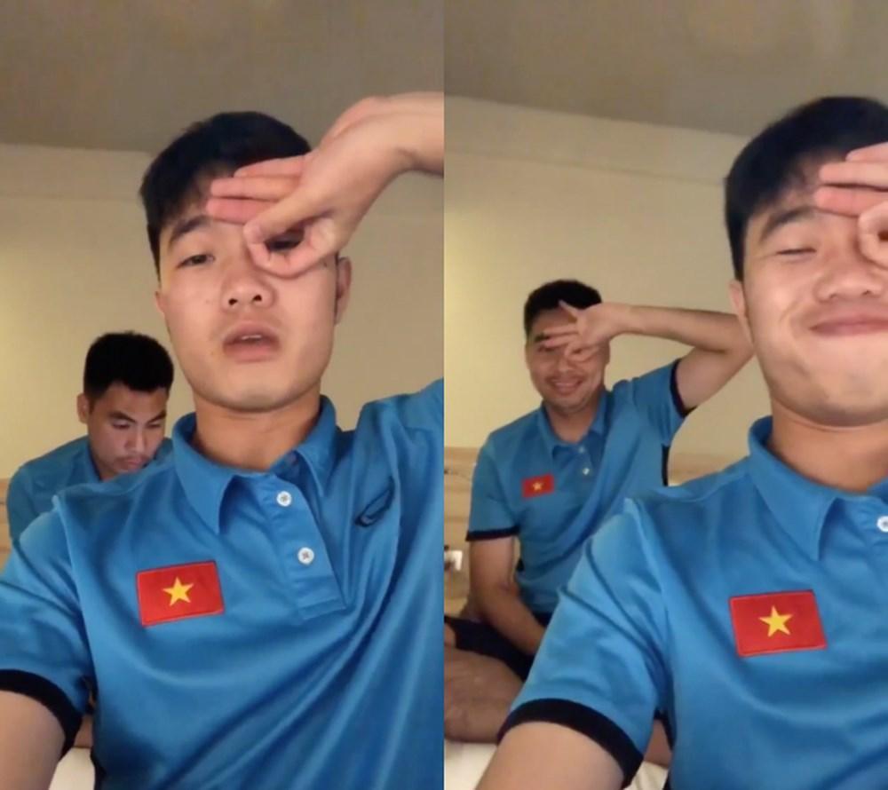 Đá bóng giỏi đã là gì, tuyển Việt Nam còn đu trend nhanh như chớp giúp loạt trào lưu năm 2018 có cơ hội vụt sáng-2