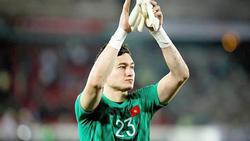 Bị chỉ trích đứng sai vị trí, để thủng lưới lần 3 ở phút 90, thủ môn Đặng Văn Lâm: 'Chúng tôi đã cố gắng hết sức'