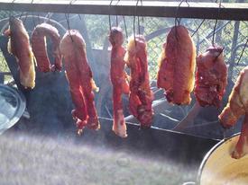 Món thịt thối đặc sản 'lúc nhúc giòi' ở vùng núi Sơn La
