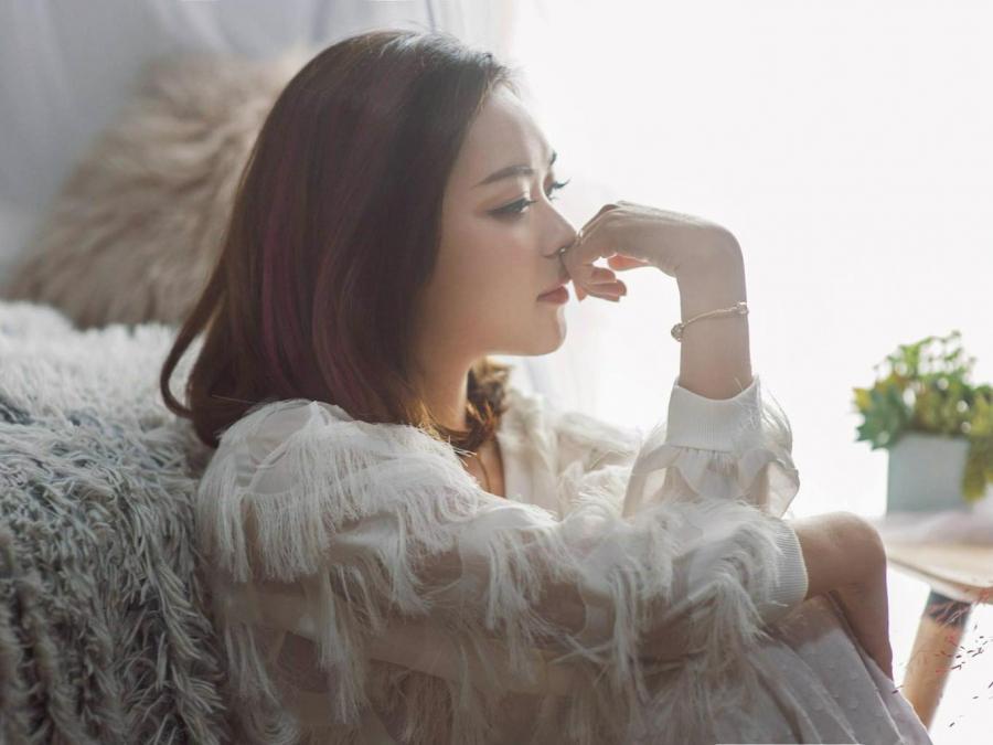 Phụ nữ khi trẻ thường dại dột làm 5 điều vì chồng con, về già mới hối hận khôn nguôi-1