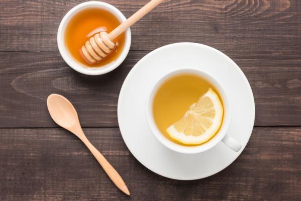 7 lý do bạn nên uống nước chanh mật ong ấm mỗi sáng-1