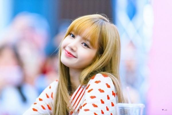 Lisa bị chỉ trích và nhạo báng, lần này YG đã chính thức tấn công anti-fan!-2