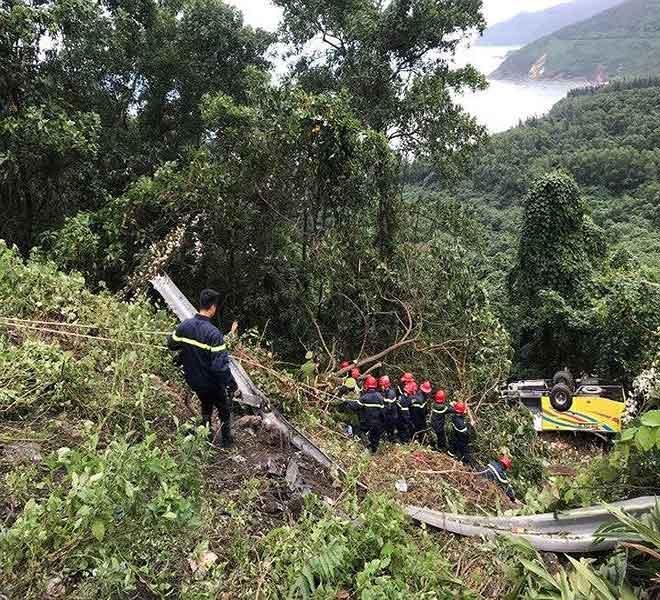 Khởi tố lái xe chở 21 sinh viên rơi ở đèo Hải Vân-1