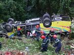 Bình Thuận: Truy tìm ô tô tông chết người trên quốc lộ rồi bỏ chạy-2