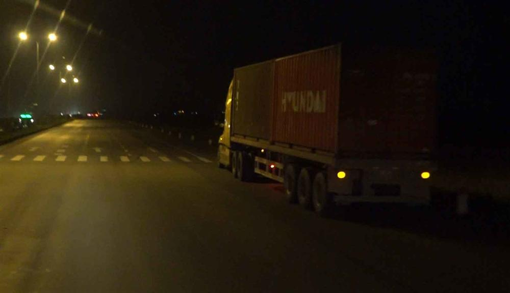 Ma túy đầu độc lái xe container tỉnh như sáo 2 ngày 2 đêm-4