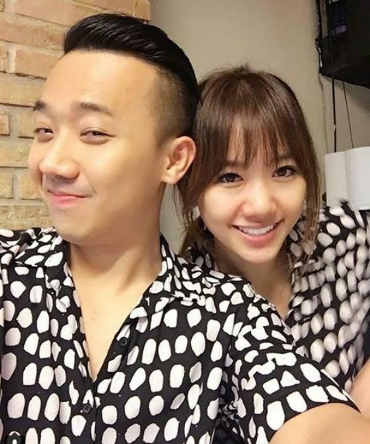 Thừa nhận từng nhiều lần vợ chồng suýt cháy nhà chỉ vì trai xinh gái đẹp, Hari Won vẫn hào hứng: Vui muốn chết-1