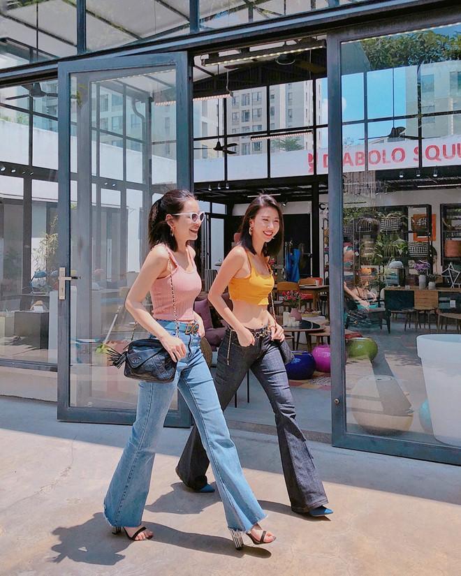 Mẹo ăn gian chiều cao của Chi Pu và Quỳnh Anh Shyn-1