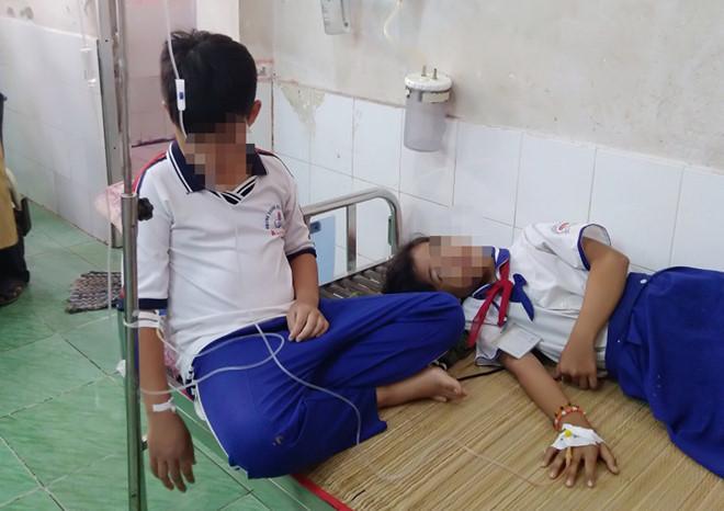 45 học sinh nhập viện sau khi súc miệng ngừa sâu răng-1
