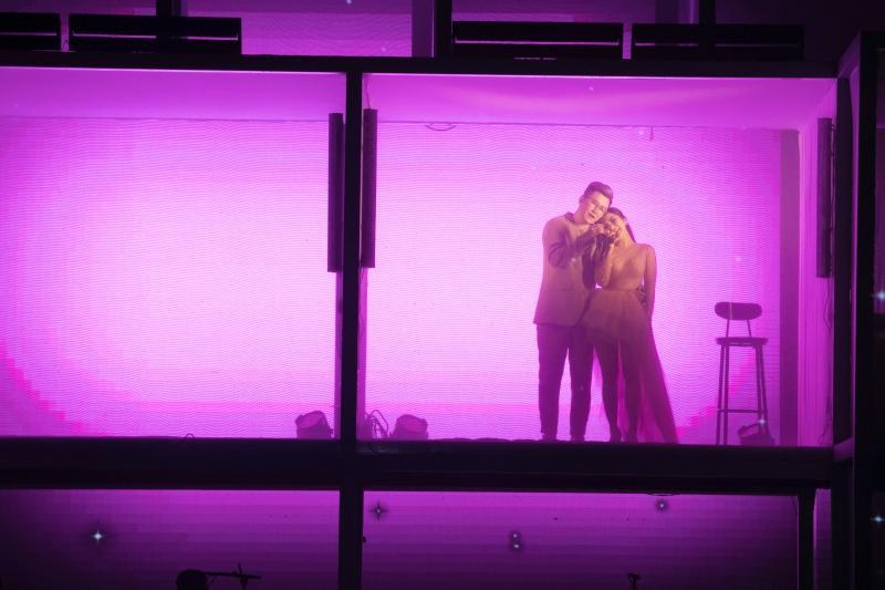 Liveshow đầu đời: Hương Tràm hát bằng hết sức bình sinh như thể ngày mai sẽ giải nghệ-8