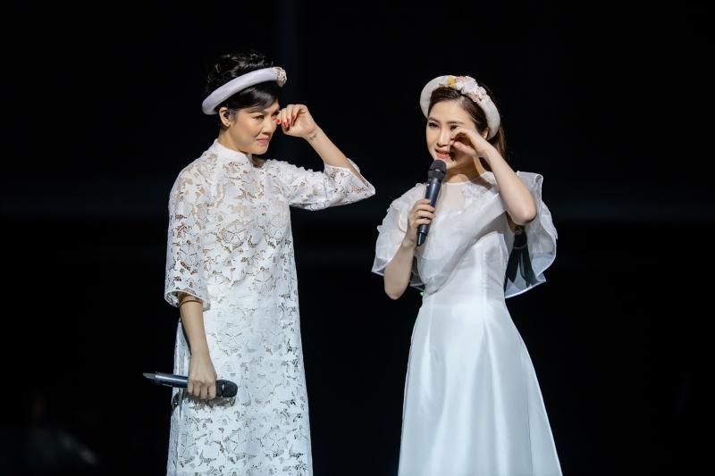 Liveshow đầu đời: Hương Tràm hát bằng hết sức bình sinh như thể ngày mai sẽ giải nghệ-12