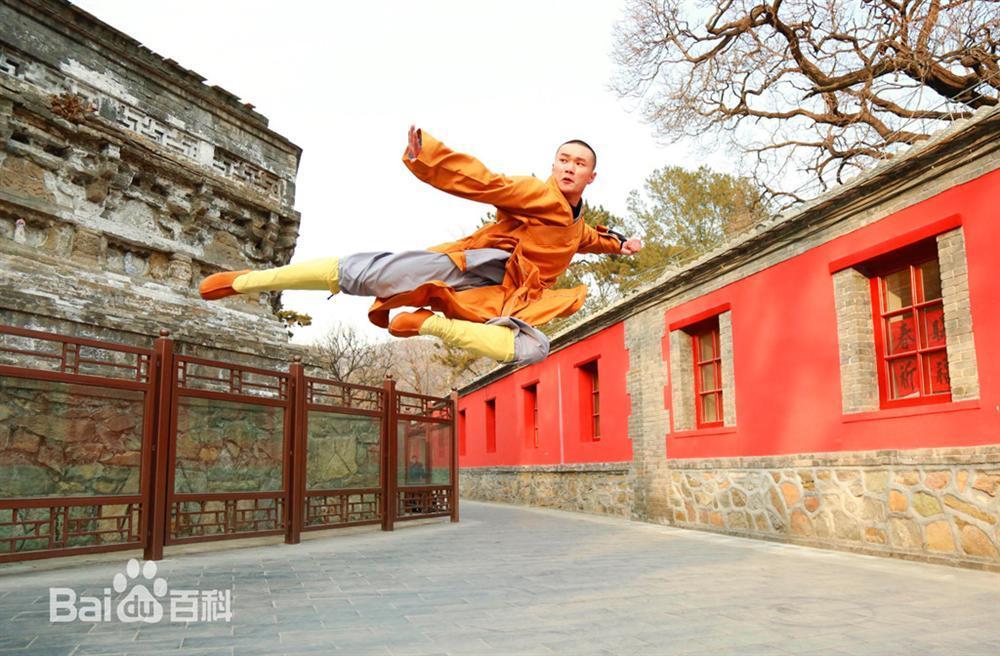 Con đường nào cho những cao thủ Thiếu Lâm rời chùa đi đóng phim?-1