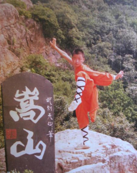 Con đường nào cho những cao thủ Thiếu Lâm rời chùa đi đóng phim?-3