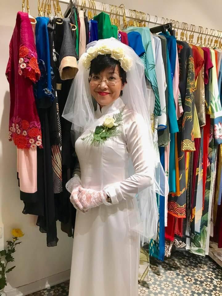 Thích thú ngắm loạt ảnh cưới phong cách thập niên 80 của cặp MC Thảo Vân - Lê Anh-1