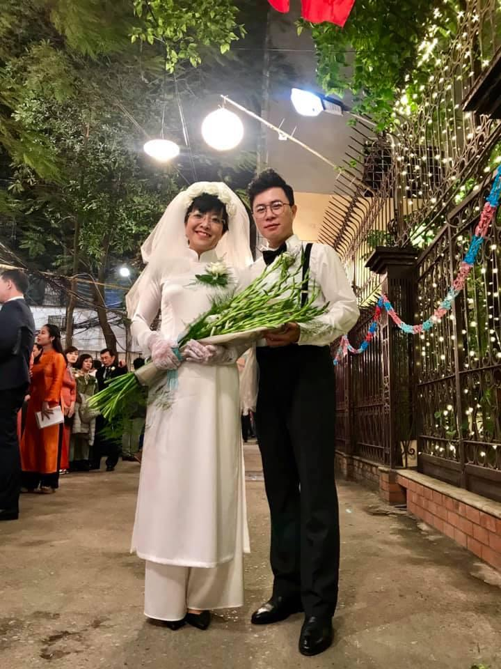Thích thú ngắm loạt ảnh cưới phong cách thập niên 80 của cặp MC Thảo Vân - Lê Anh-4