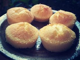 Công thức làm bánh bông lan nở xốp, mềm thơm y như ngoài hàng