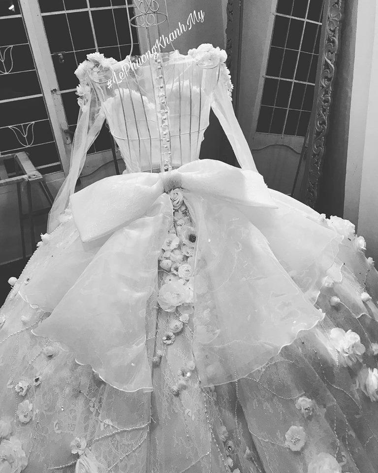 Vân Navy háo hức chia sẻ điều thú vị về váy cưới hoành tráng trước giờ lên xe hoa-4