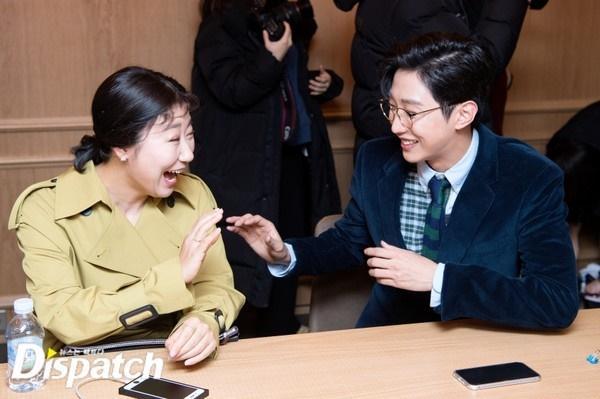 Ngỡ ngàng trước màn lột xác ngoạn mục của Jinyoung (B1A4) trong Đại ca hóa soái ca-5