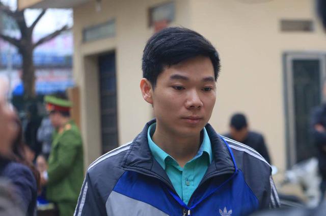 Xử vụ chạy thận tử vong: Bác sĩ Hoàng Công Lương không chắc chắn về sức khỏe-1