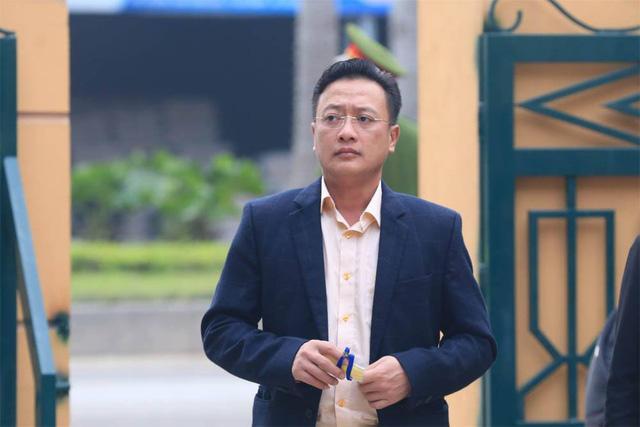 Xử vụ chạy thận tử vong: Bác sĩ Hoàng Công Lương không chắc chắn về sức khỏe-2