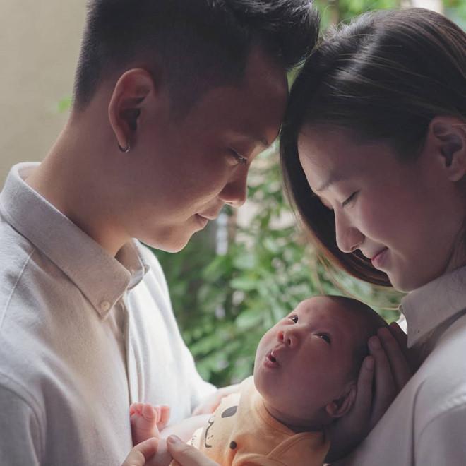 Chào đời năm 2018, những cậu ấm cô chiêu con nhà hotgirl - hotboy Việt gây sốt vì nhìn bé nào cũng đáng yêu-1