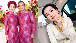Cất hết vàng ròng ở nhà, Võ Hạ Trâm giản dị sánh đôi ông xã ngoại quốc trong tiệc cưới tại TP HCM