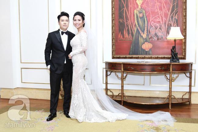 Cận cạnh vợ trẻ 9x da nâu miệng rộng của Lê Hiếu trong đám cưới hạng sang hạn chế khách mời-3