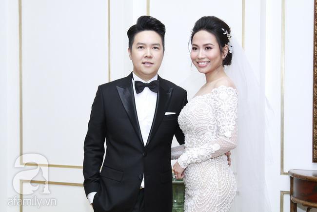 Cận cạnh vợ trẻ 9x da nâu miệng rộng của Lê Hiếu trong đám cưới hạng sang hạn chế khách mời-4