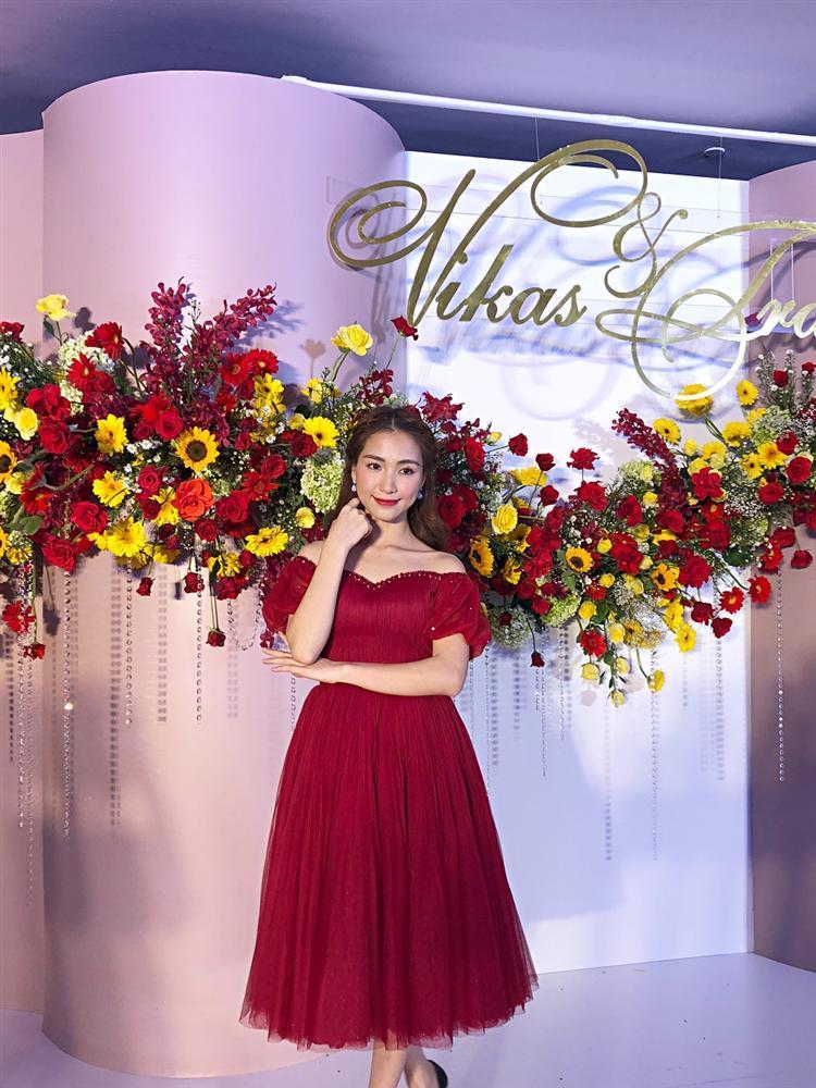 Đã đi ăn cưới Võ Hạ Trâm trễ giờ, Hòa Minzy lại còn gây sốc: Chị đừng quá vui vẻ khi em quá xinh đẹp-2