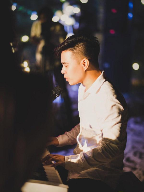Màn cầu hôn siêu lãng mạn của cô dâu đeo vàng trĩu cổ ở Nam Định với chú rể khiến dân tình ghen tị-2