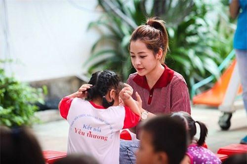 Hương Giang - Chi Pu - Bích Phương - Bảo Anh: Tứ đại mỹ nhân muốn dìm cũng không thể chìm khi chụp lén-16