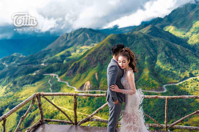 Ngắm trọn bộ ảnh cưới của cô dâu đeo vàng trĩu cổ được 2 siêu xe Rolls-Royce Phantom rước trong đám cưới khủng ở Nam Định-9