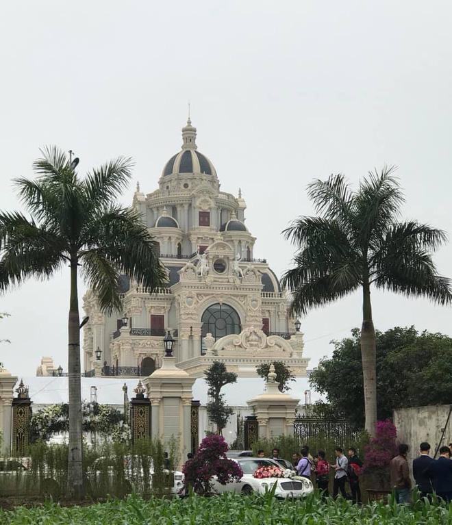 Nhan sắc đời thường xinh đẹp của cô dâu trong đám cưới ngập vàng ở Nam Định-1