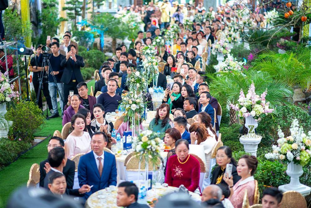 Nhan sắc đời thường xinh đẹp của cô dâu trong đám cưới ngập vàng ở Nam Định-7