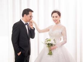 NSND Trung Hiếu hạnh phúc bên cô dâu kém 19 tuổi trong bộ ảnh cưới