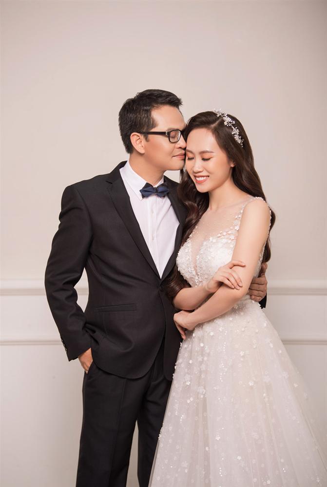 NSND Trung Hiếu hạnh phúc bên cô dâu kém 19 tuổi trong bộ ảnh cưới-4